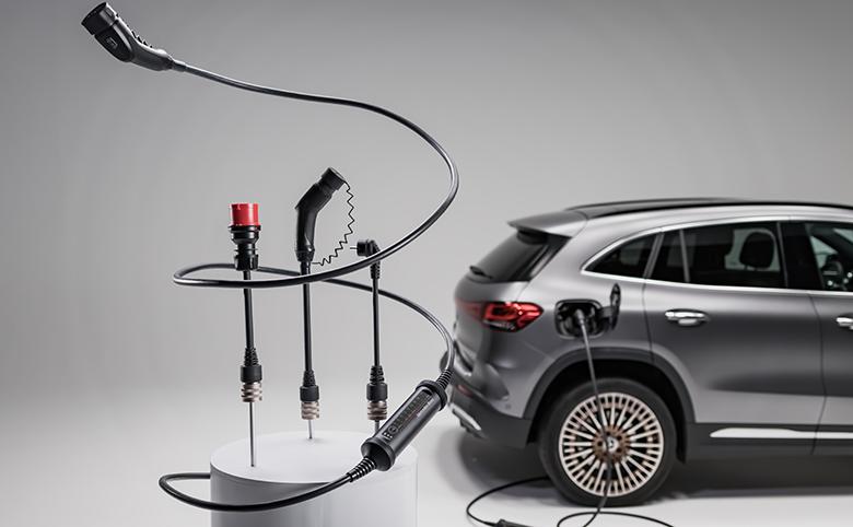 Elektromobilität: Das neue Flexible Ladesystem von Mercedes-Benz